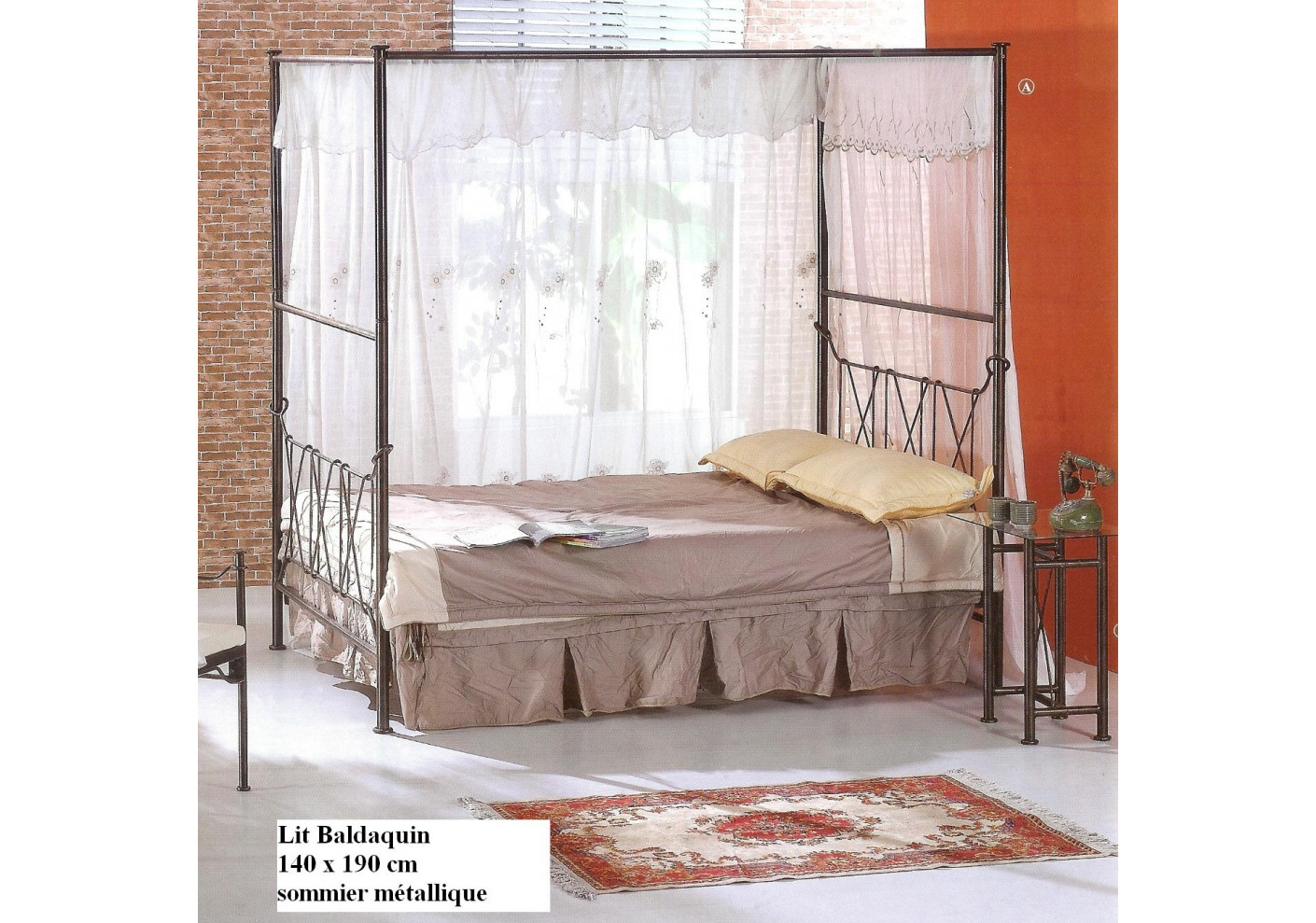 lit baldaquin bronze 140x190 cm. Black Bedroom Furniture Sets. Home Design Ideas