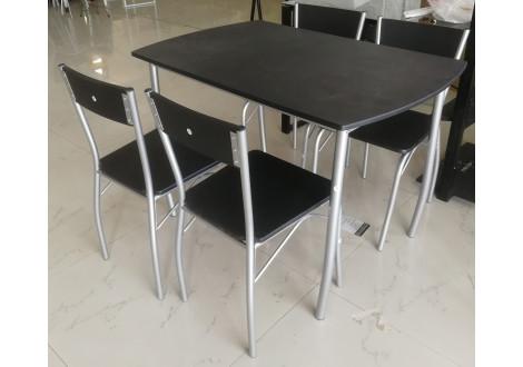 Ensemble 1 table + 4 chaises SOHO noir/pieds argentés
