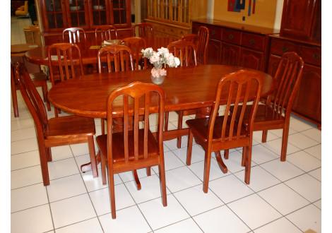 Table ovale en hévéa massif EMPIRE teinte merisier